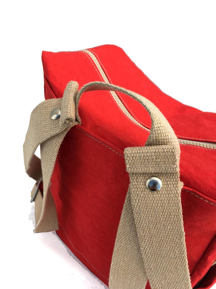 zaino-hobo-medio-in-carta-rosso-12