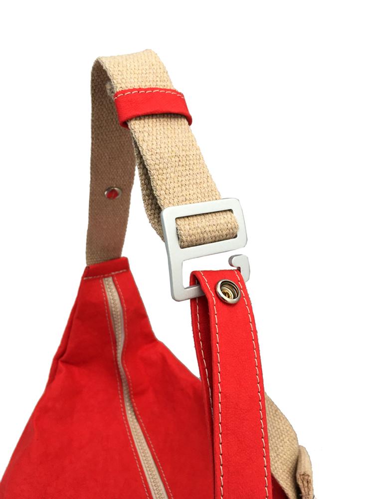 zaino-hobo-medio-in-carta-rosso-7